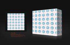 蓝色圆点包装盒