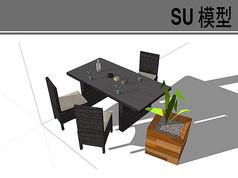 木质餐桌椅