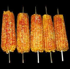 美味的玉米烤串